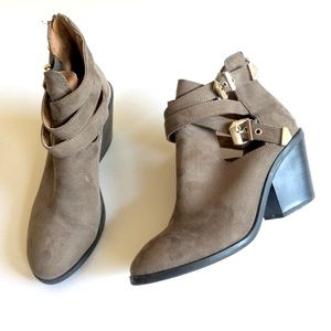 Mossimo faux suede ankle boots with buckles